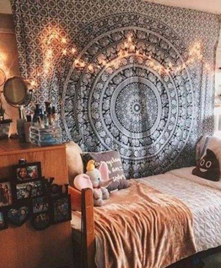 15 Dorm Room DIYs To Make Your Room Unique
