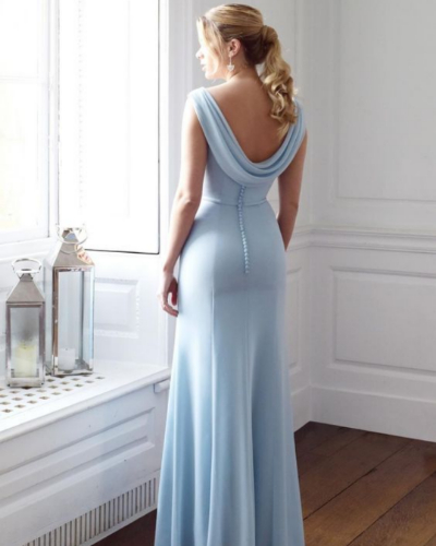 *10 Show-Stopping Blue Prom Dresses To Wear On Your Big Night