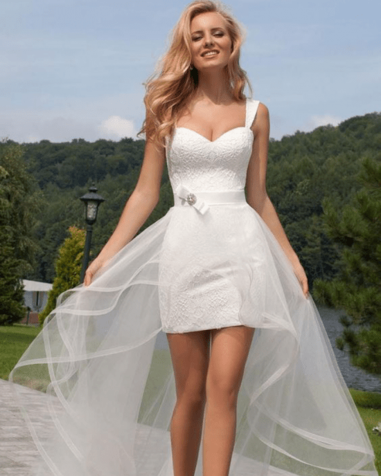 10 Short Wedding Dresses For You To Walk Down The Aisle In