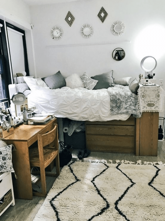 11 Ways To Make The Most Of Your Dorm Room: 10 Ways To Make Your Dorm Room Feel Like Home