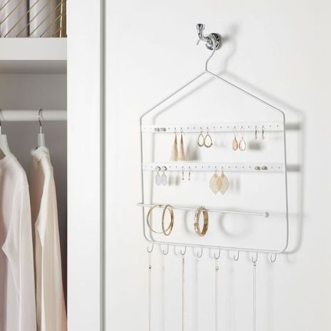 15 Ways To Organize Your Small Closet