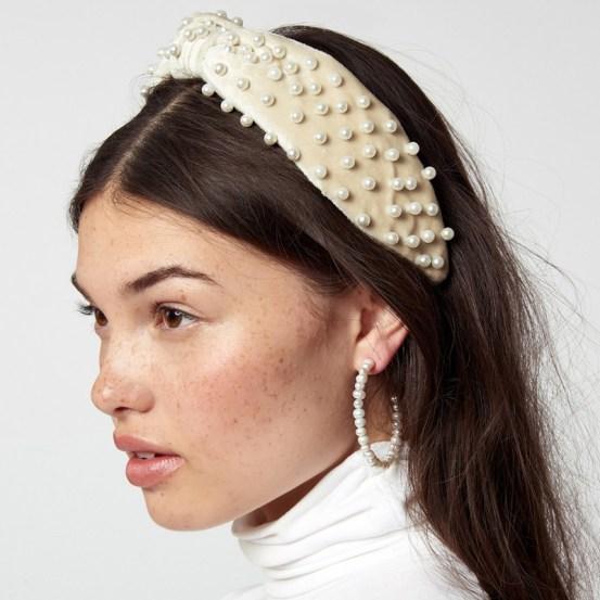 10 Creative Ways To Flaunt A Headband