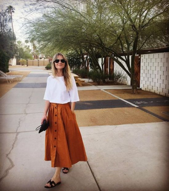 15 Spring Skirt Outfits You Can Copy