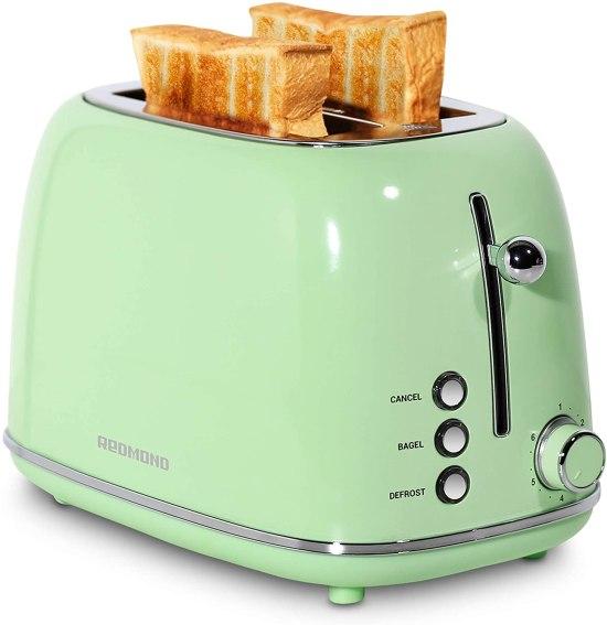 *6 Retro Appliances To Give Your Dorm A Vintage Vibe