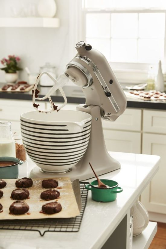 10 Kitchen Gadgets Every Baker Should Have