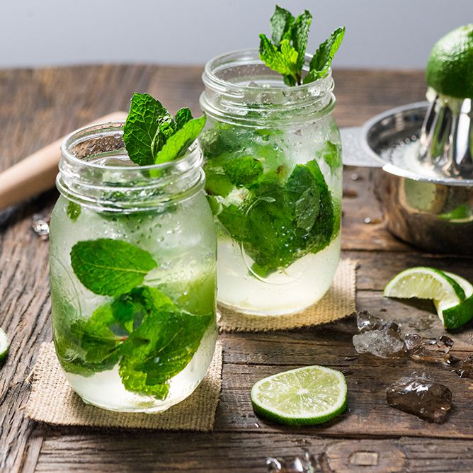 10 DIY Summer Drinks You Need to Try