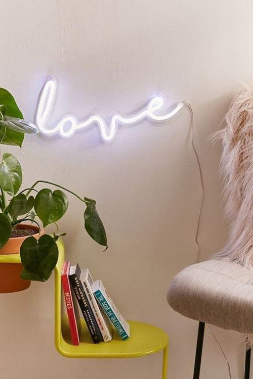 10 Lamps For Every Mood You Should Own