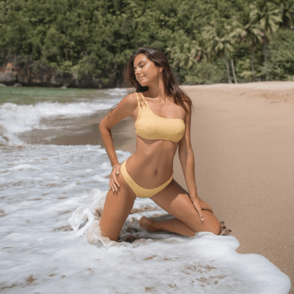 These Designs Of Bikinis For Small Boobs Will Have You Swoon
