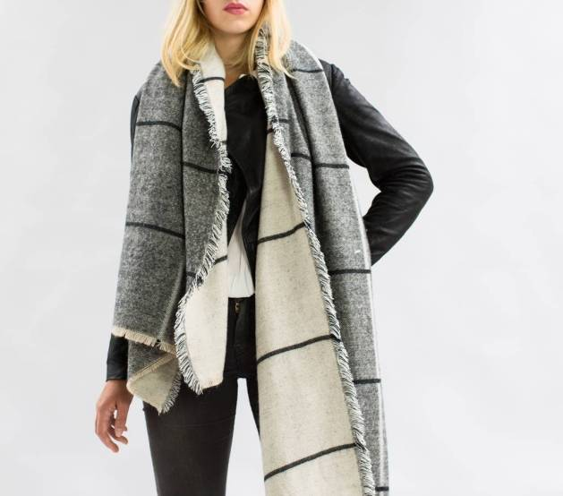 15 Ways To Style A Scarf This Coming Winter