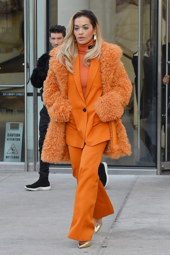 The Best Orange Outfits Meant For Autumn