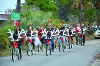 10 Fun & Affordable Holiday Activities Near (Your School)