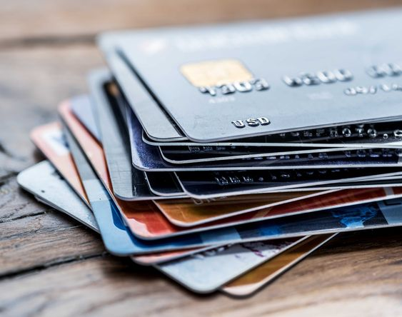 How To Build Good Credit When You're In College