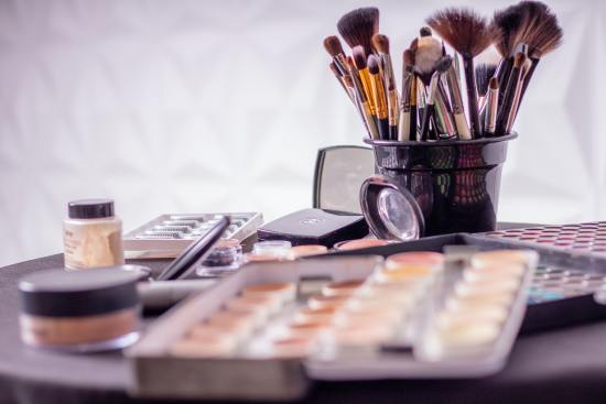 8 Affordable Makeup Products to Use for Acne Prone Skin