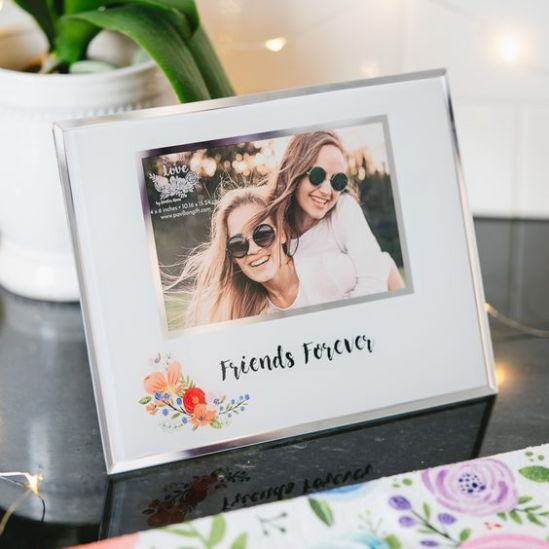 *15 Heartwarming Gift Ideas Your BFF Will Love