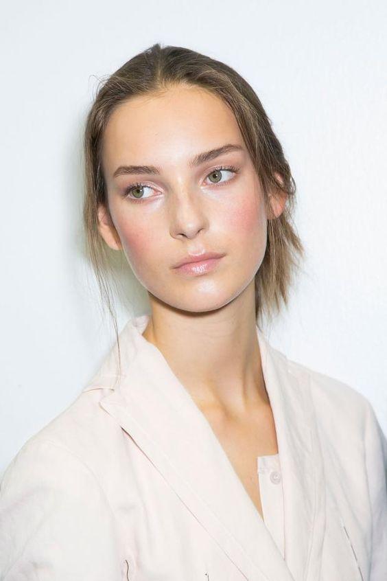 10 Minimalist makeup ideas