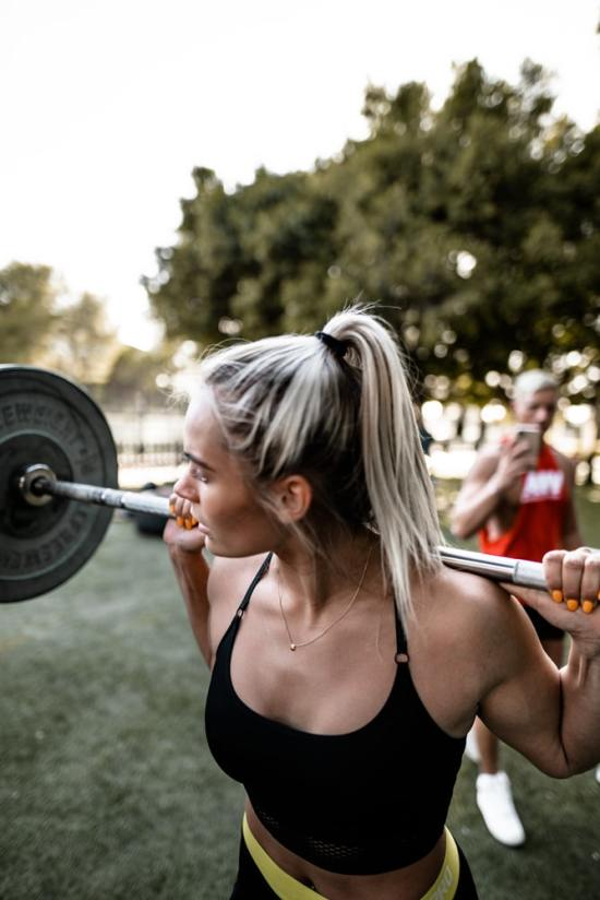 7 Easy Weightlifting Exercises For Those Who Hate Lifting