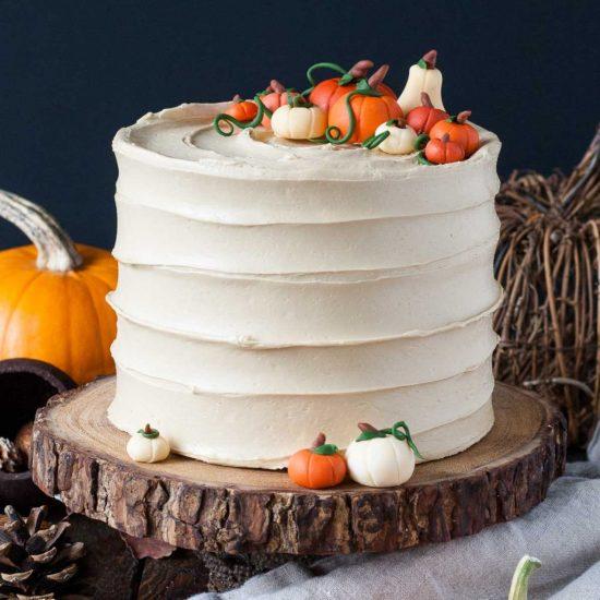 10 Strange Cake Flavours That Actually Taste Amazing