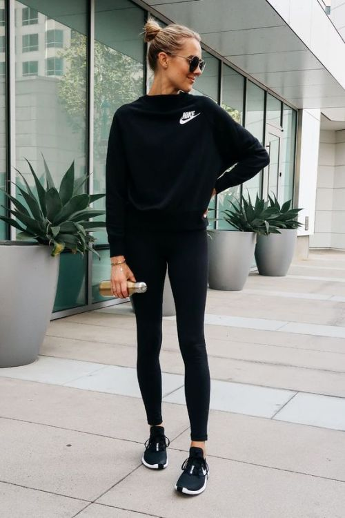 15 All Black Outfits That Work For Any Occasion