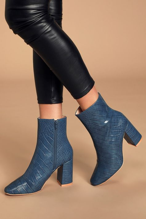 *25 Cute Fall Boots To Elevate Your Outfits