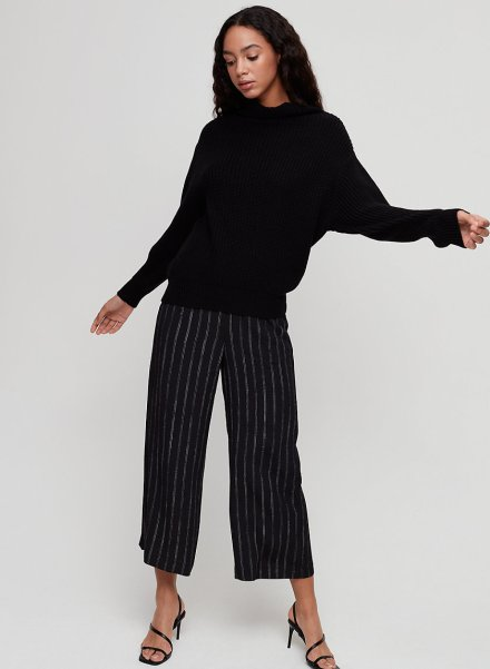 *8 Key Pieces You Need For Your Minimalist Wardrobe