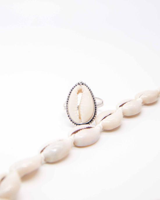 *8 Beautiful Handmade Jewelry Items From Etsy