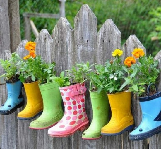 10 Small Gardening ideas to brighten up your yard