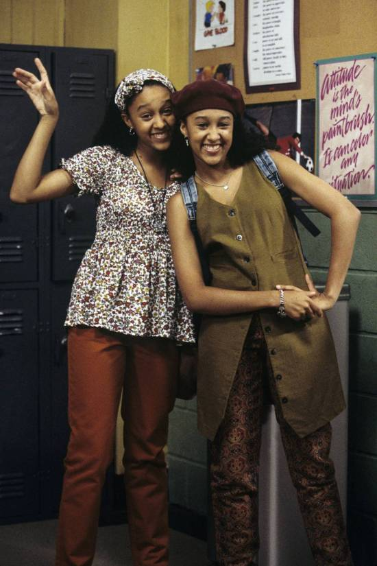 10 'Sister, Sister' Outfits To Recreate