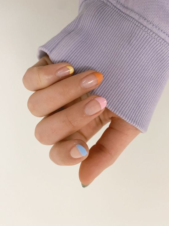 Pastel French Tips.