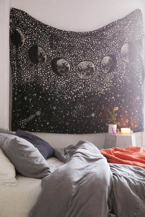 10 Dorm Room Decor Favorites Anyone Should Have In Their Room