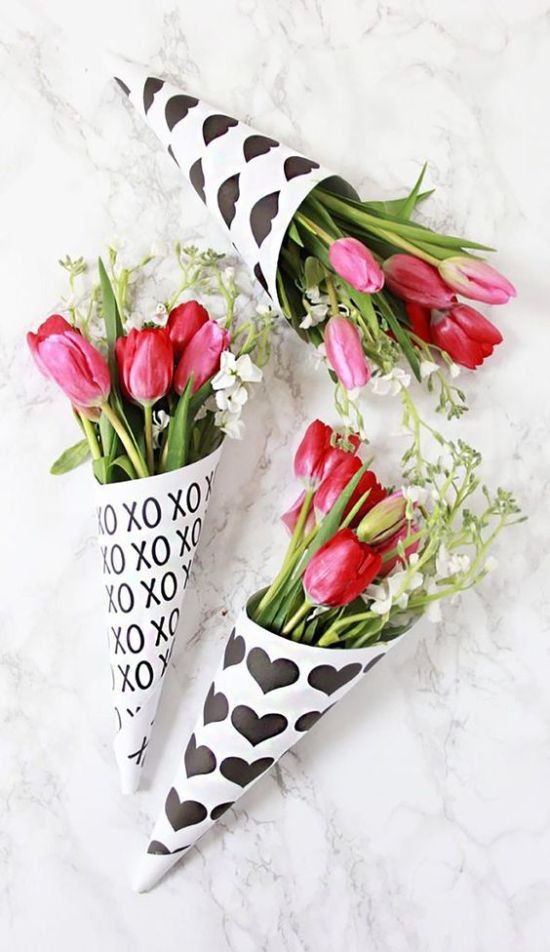The Prettiest Flower Bouquets To Get Your SO For Valentine's Day