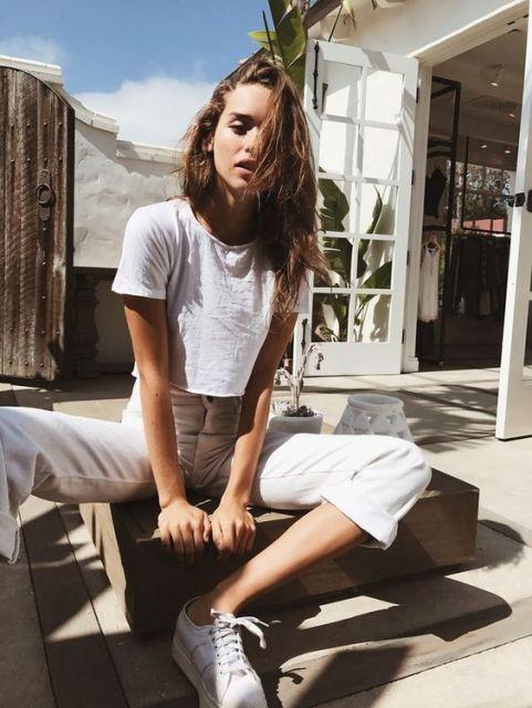 20 Cute Minimalist Fashion Ideas To Replicate