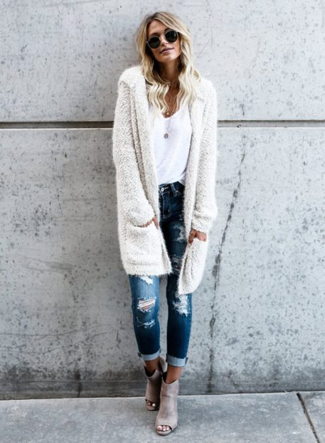 Comfy Cute Outfits To Wear To Class This Fall