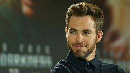 chris pine smiling