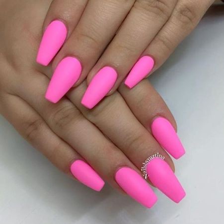 These are such pretty matte nails!