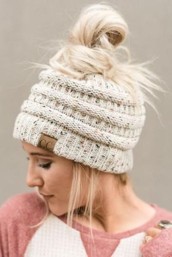 bbc69650853 10 Ways To Wear A Beanie And Have Your Hair Look Good - Society19