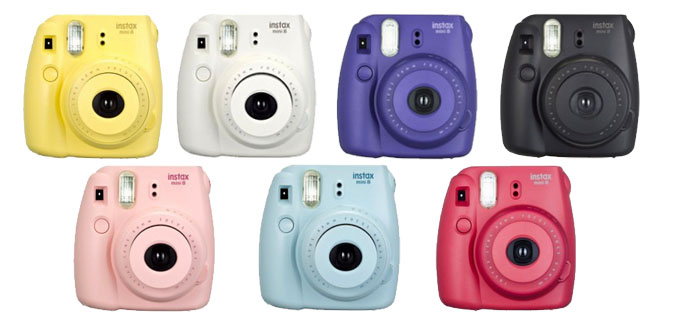 Polaroid cameras are great christmas gift ideas for her!