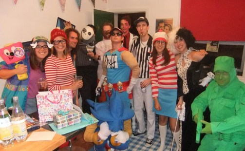 90s-theme-party-fancy-dress-ideas