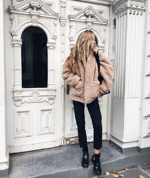 Check out these popular outfits on tumblr!