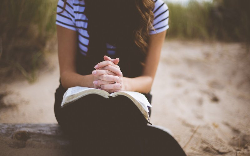 Overcoming the Spirit of Gossip with Prayer