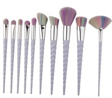 Blogger @girlygabble UK Giveaway: WIN a 10 piece set of Unicorn make up brushes- 5 SETS UP FOR GRABS – Closes 12th May 2018