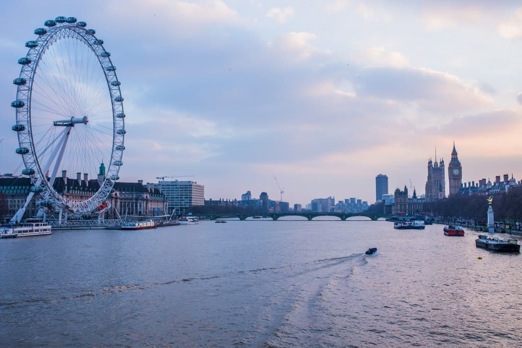 20 Of London's Unmissable Tourist Sights To Add To Your Itinerary Now | London Eye Thames London