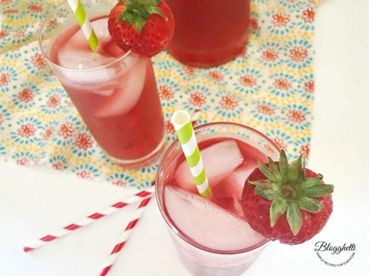 Sparkling Hibiscus Ice tea in glasses