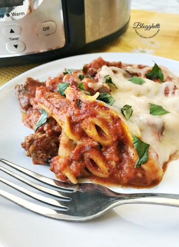 Close up - plate of slow cooker baked Ziti