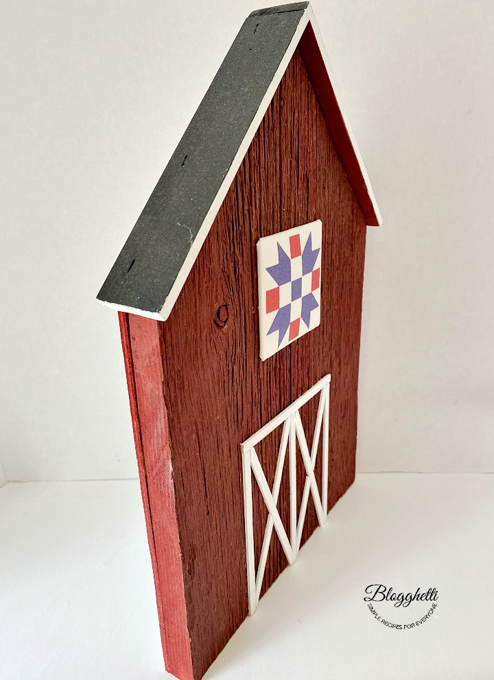 Barn decor made from barn wood