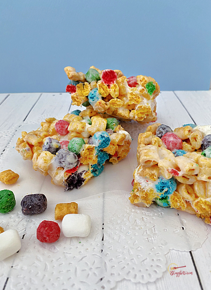 3 cereal bar treats with blue background