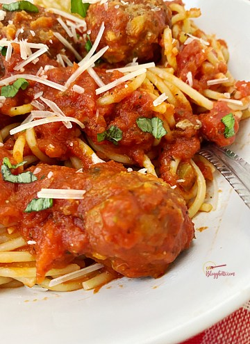close up of best spaghetti and meatballs