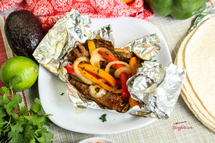 grilled steak fajita foil packets