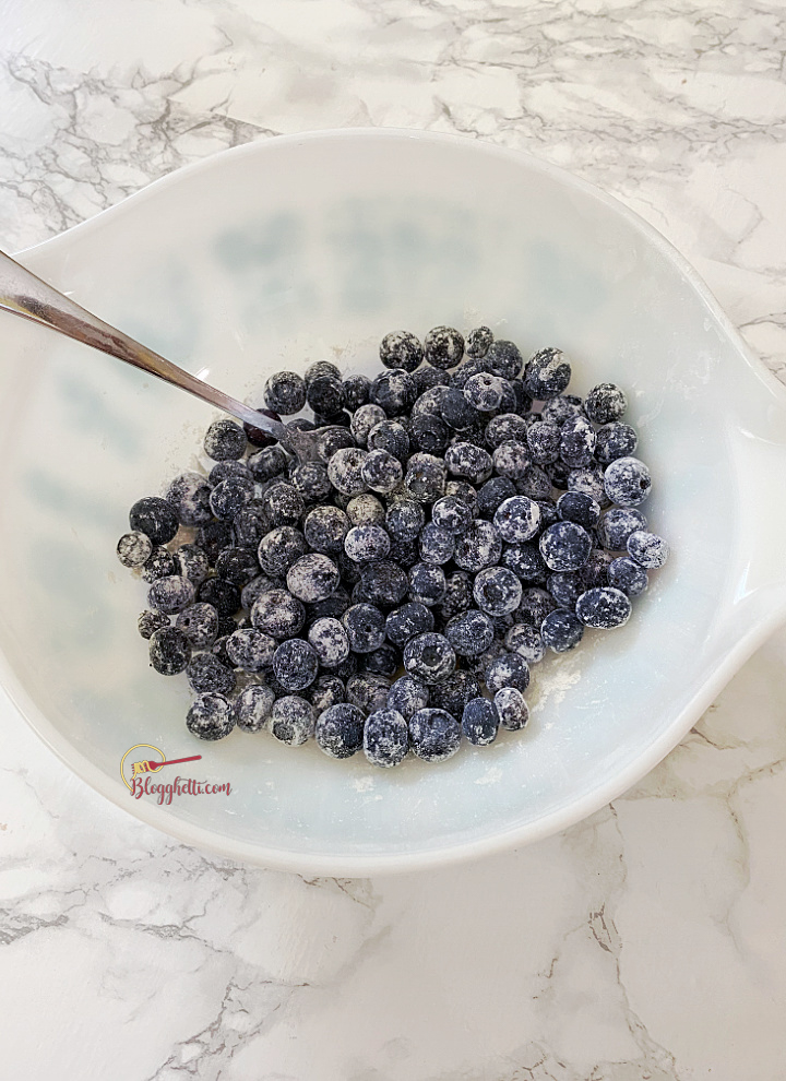 bowl of blueberries dusted with flour