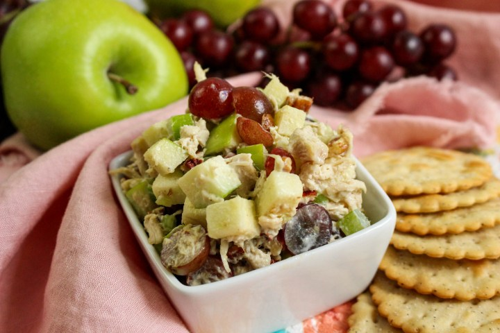Fancy Chicken Salad with Grapes and Apples with crackers