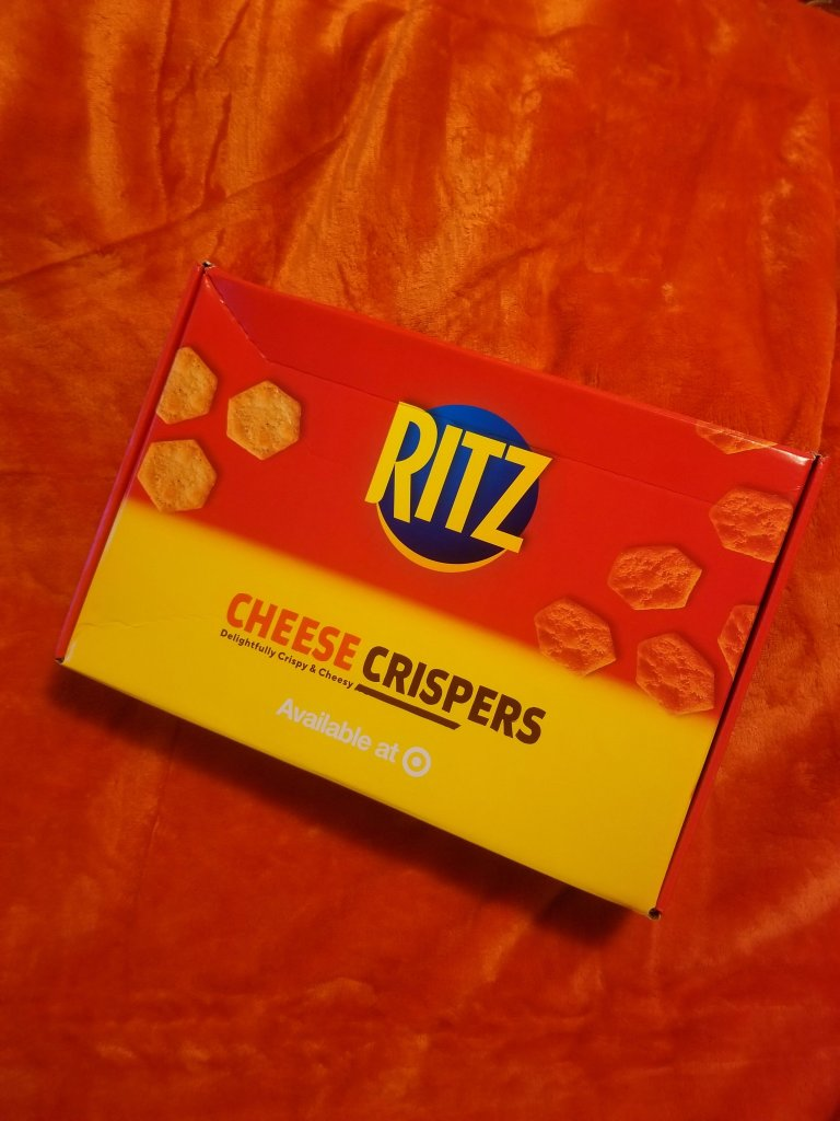 I tried the Ritz Cheese Crispers! | Review